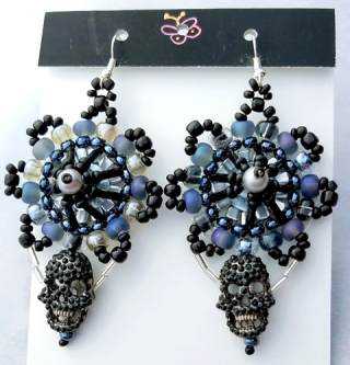 Skull Earrings(Joelle Burnette)
